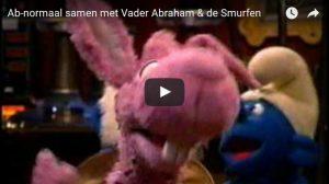Filmpje Zondag 23 april: Ab Normaal + Smurfen