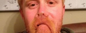 Dinsdag 8 augustus Plaatje: Man met baard?