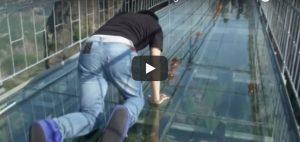 Zondag 21 januari Filmpje: Glazen brug
