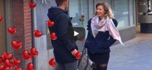 Woensdag 14 februari Filmpje: Ik geef je een roosje